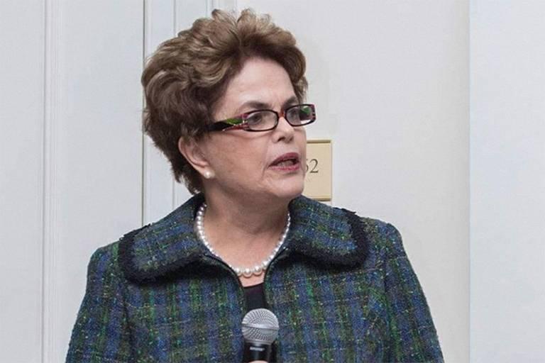 Dilma, em palestra em Harvard: 'Não tenho medo, nem culpa'