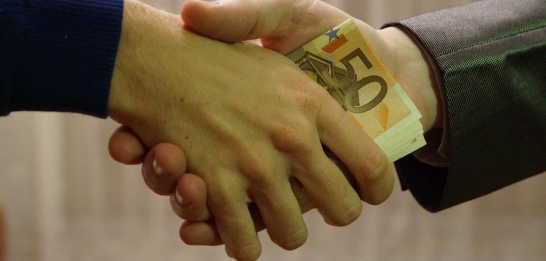 Você delataria seu chefe por suspeitas de corrupção na empresa?