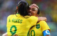 """Por que o futebol feminino não """"vinga""""? Especialistas explicam e apontam soluções"""