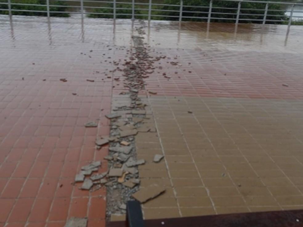 MP apura se Orla do Porto oferece riscos a visitantes após fiscalização do Crea-MT