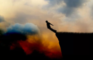 Desafio Baleia Azul: jogo de suicídio acende alerta para os pais