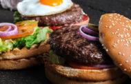 Os 10 tipos de alimentos mais prejudiciais à saúde