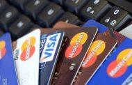 Juro do cartão de crédito cai para o menor patamar em 2 anos, diz BC