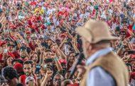 Lula admite erros do PT: 'Sei que não fizemos tudo'