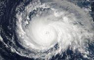 Imagens da Nasa mostram avanço do furacão Irma, o mais forte da última década, em direção ao Caribe