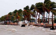 Furacão Maria segue rota de destruição no Caribe