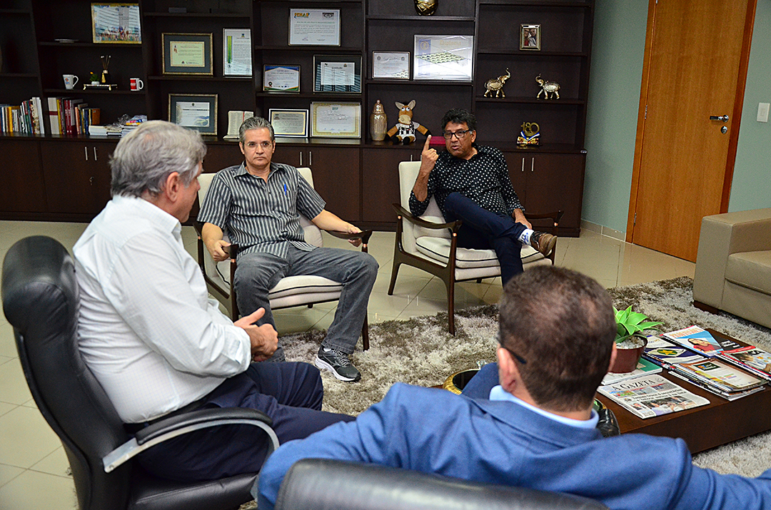 Diretoria do Mixto pede a Botelho apoio ao futebol mato-grossense