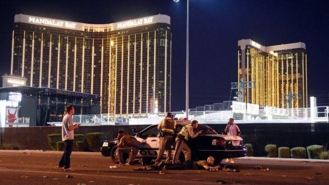 EUA registram 273 tiroteios em massa nos primeiros 275 dias de 2017, diz associação