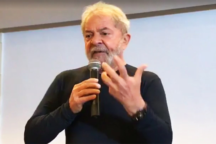 Lula não deve ir a Porto Alegre no dia de seu julgamento