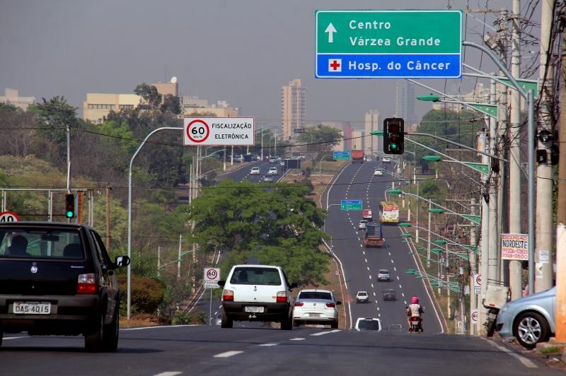 Número de multas por velocidade cai 34% em relação ao mesmo período do ano passado em Cuiabá