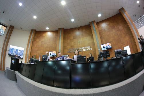 Deputados aprovam RGA e auxílios para servidores e magistrados