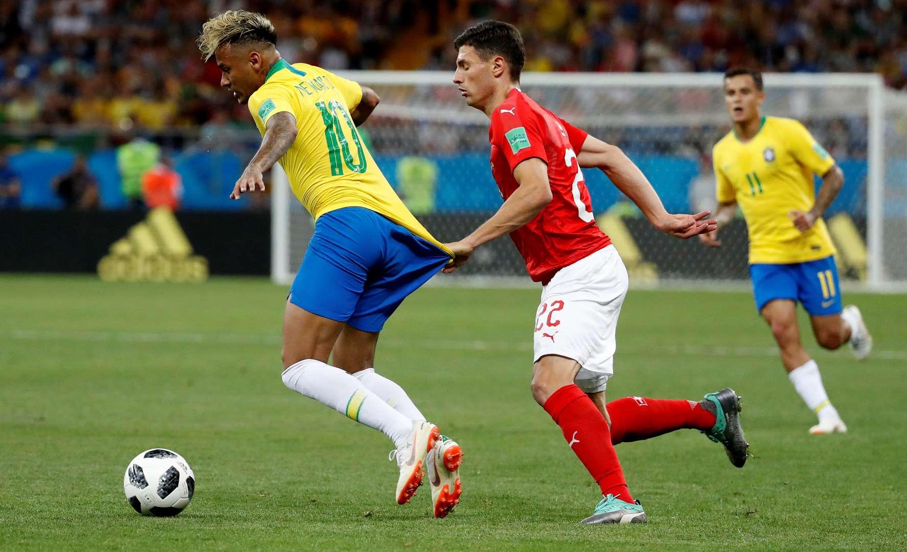 CBF vai pedir à Fifa explicações sobre o não uso do VAR em jogo do Brasil