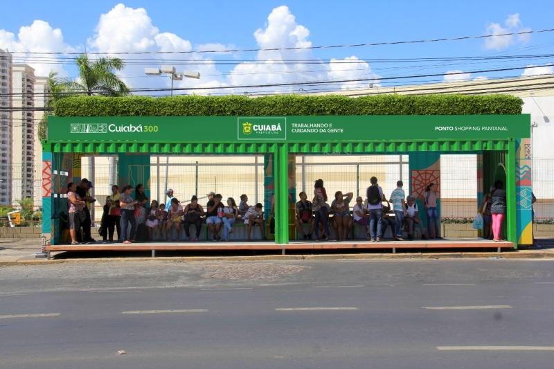 Em Cuiabá contêineres de cargas serão adaptados como ponto de ônibus.