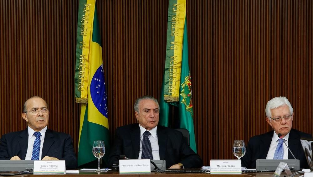 Fachin nega quebra de sigilo telefônico de Temer, mas autoriza medida para ministros Padilha e Moreira