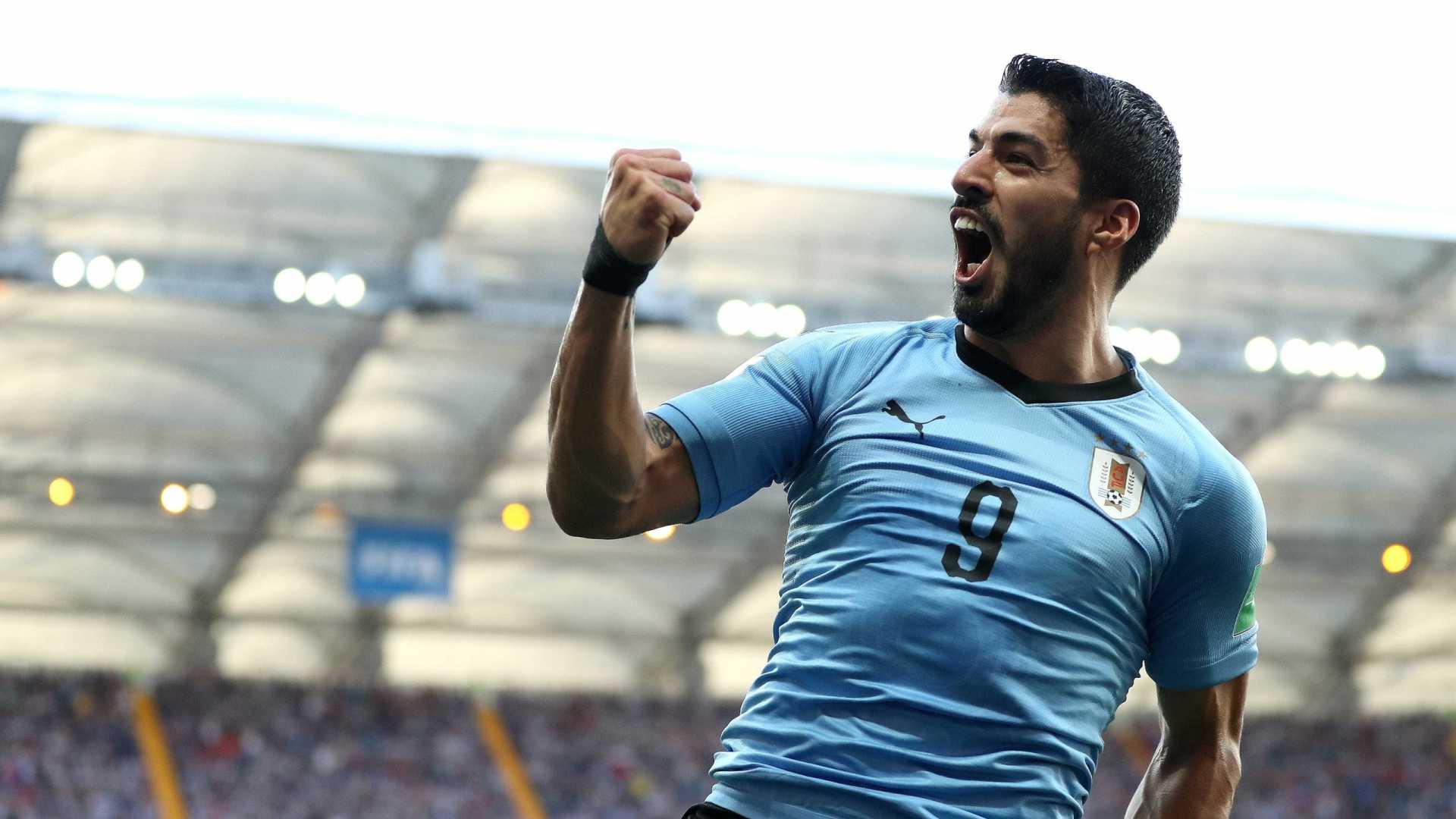 Uruguai vence a Arábia Saudita e vai às oitavas; Rússia também passa