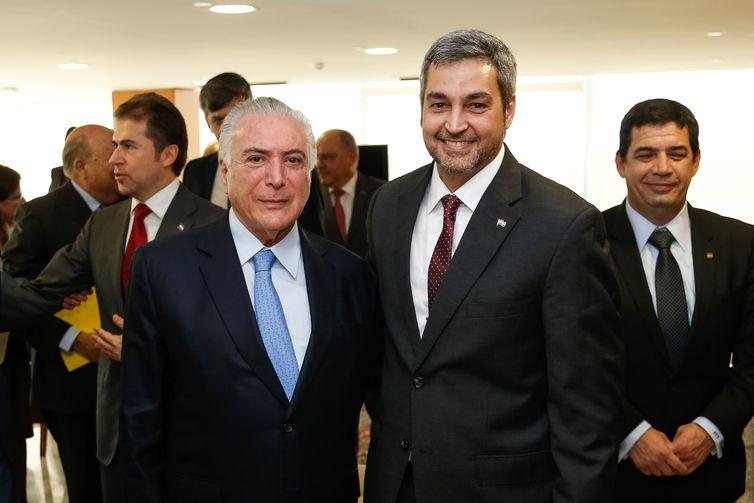 Temer e Benítez discutem construção de pontes entre Brasil e Paraguai