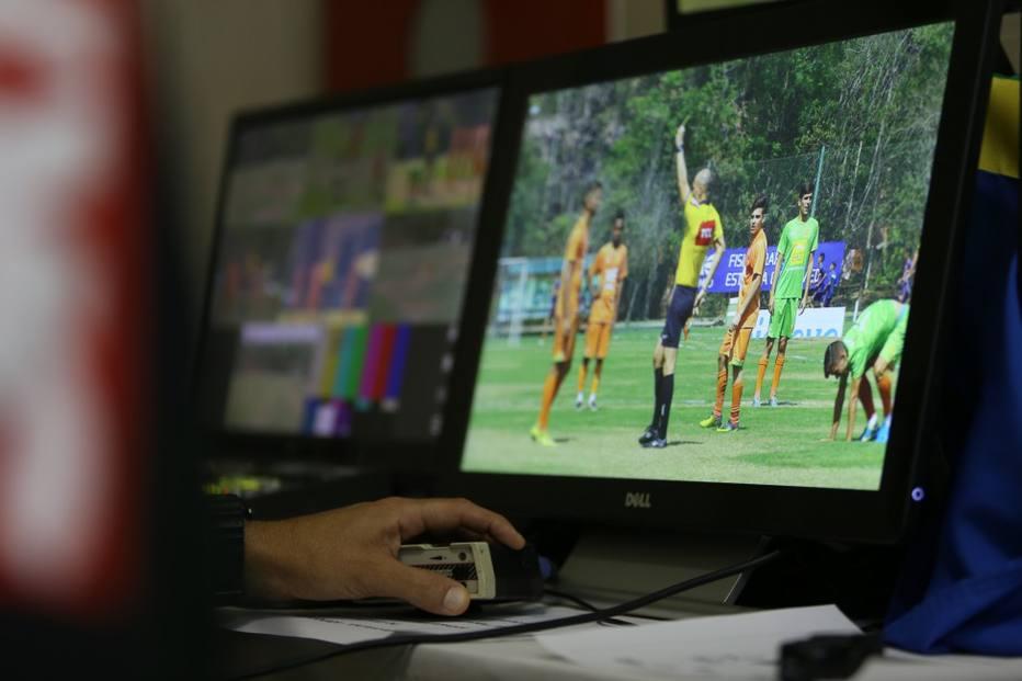 Até 16 câmeras e primeira escala definida: os detalhes do VAR na Copa do Brasil