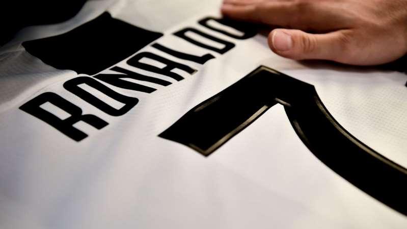 Trabalhadores de montadora dona da Juventus fazem greve por contratação de Ronaldo