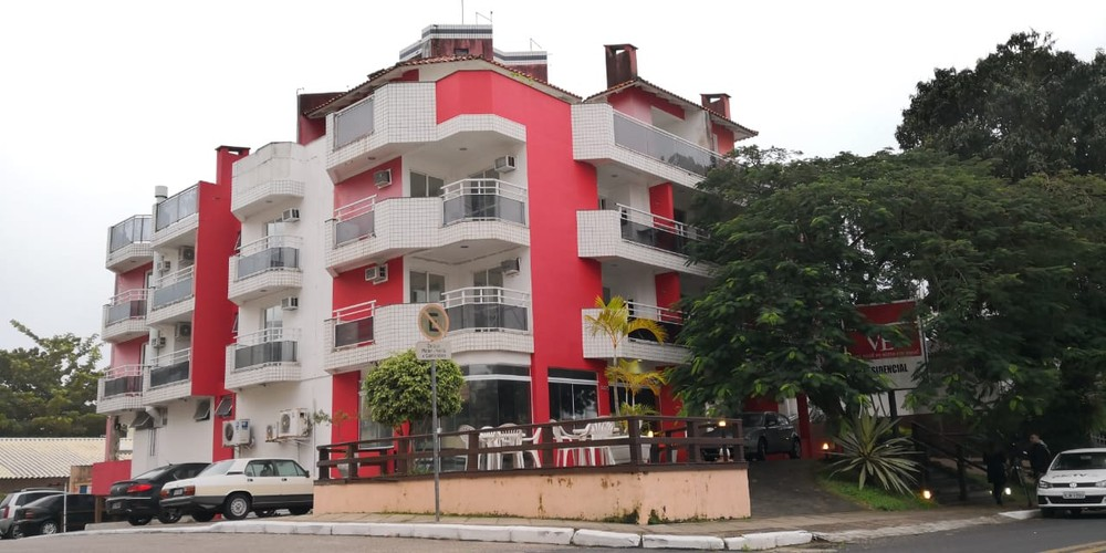 Família sofreu tortura psicológica por 8 horas antes de ser morta em apart-hotel em SC, diz Polícia Civil