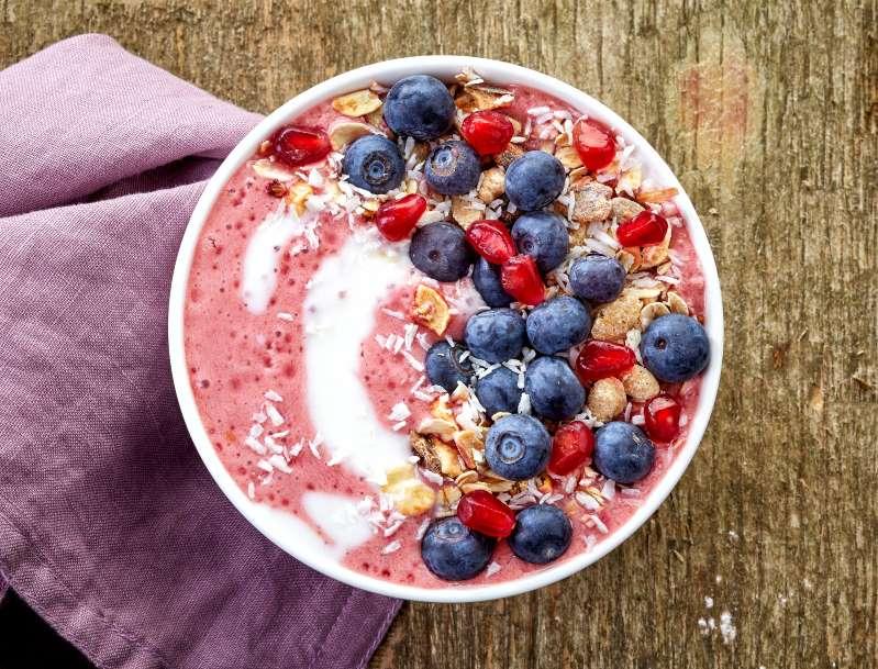 15 alimentos antioxidantes para limpar o organismo e manter a pele jovem