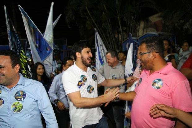 Filho de Emanuel Pinheiro e mais 'novatos' lideram para federal em Cuiabá e região