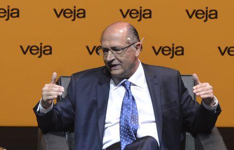Alckmin apela para que eleitor vote com reflexão e decisão