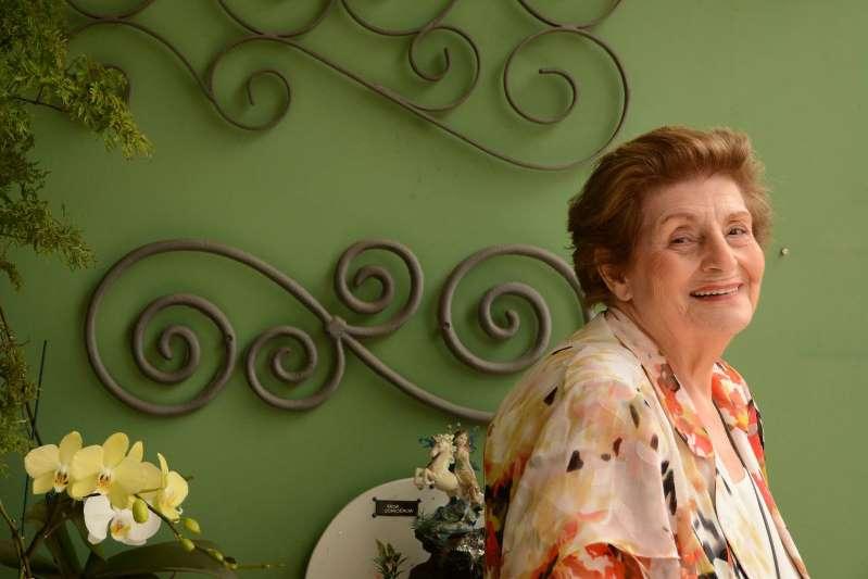 Morre a escritora espiritualista Zibia Gasparetto, aos 92 anos