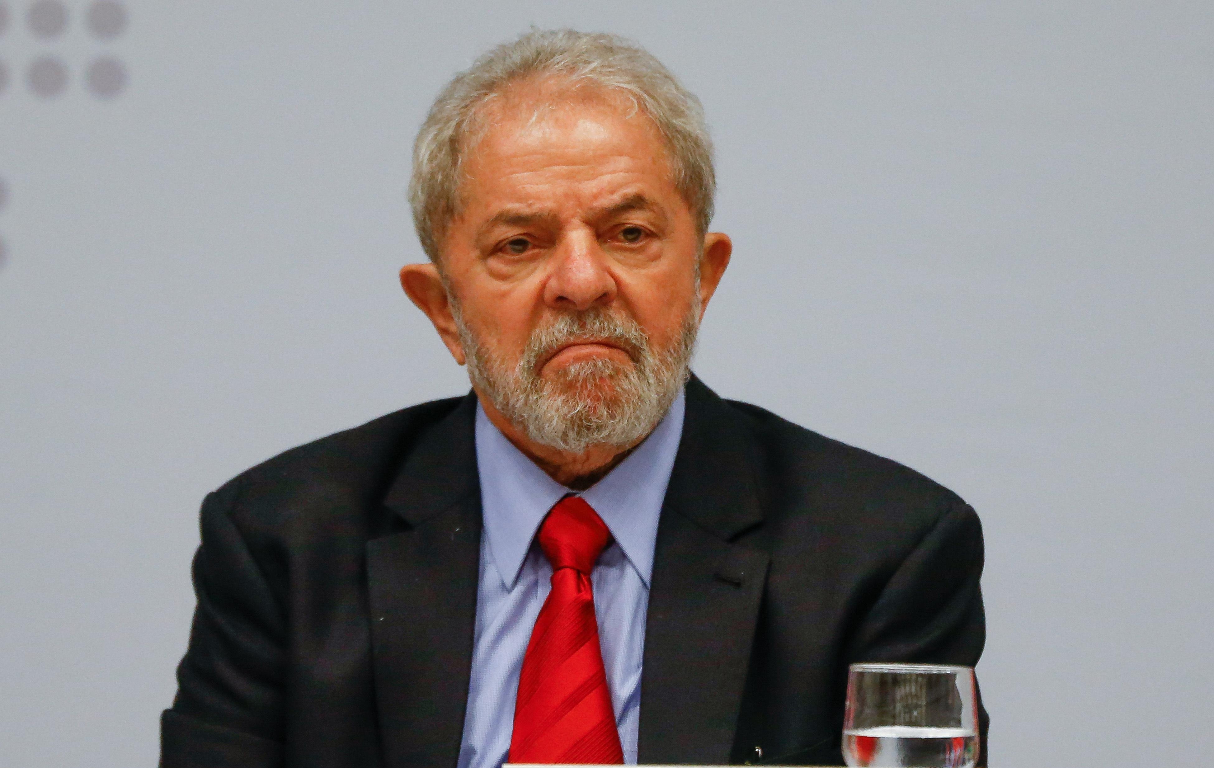 Lula é denunciado pela Lava Jato sob acusação de lavagem de dinheiro