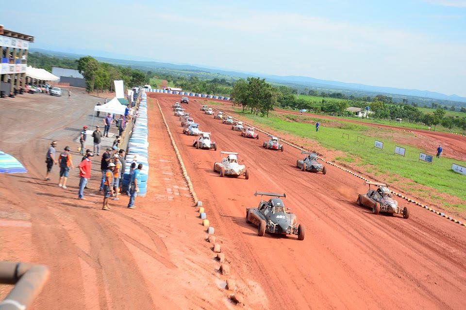 Velocidade na Terra: 12 pilotos tem chance matemática de ganhar o Campeonato Brasileiro