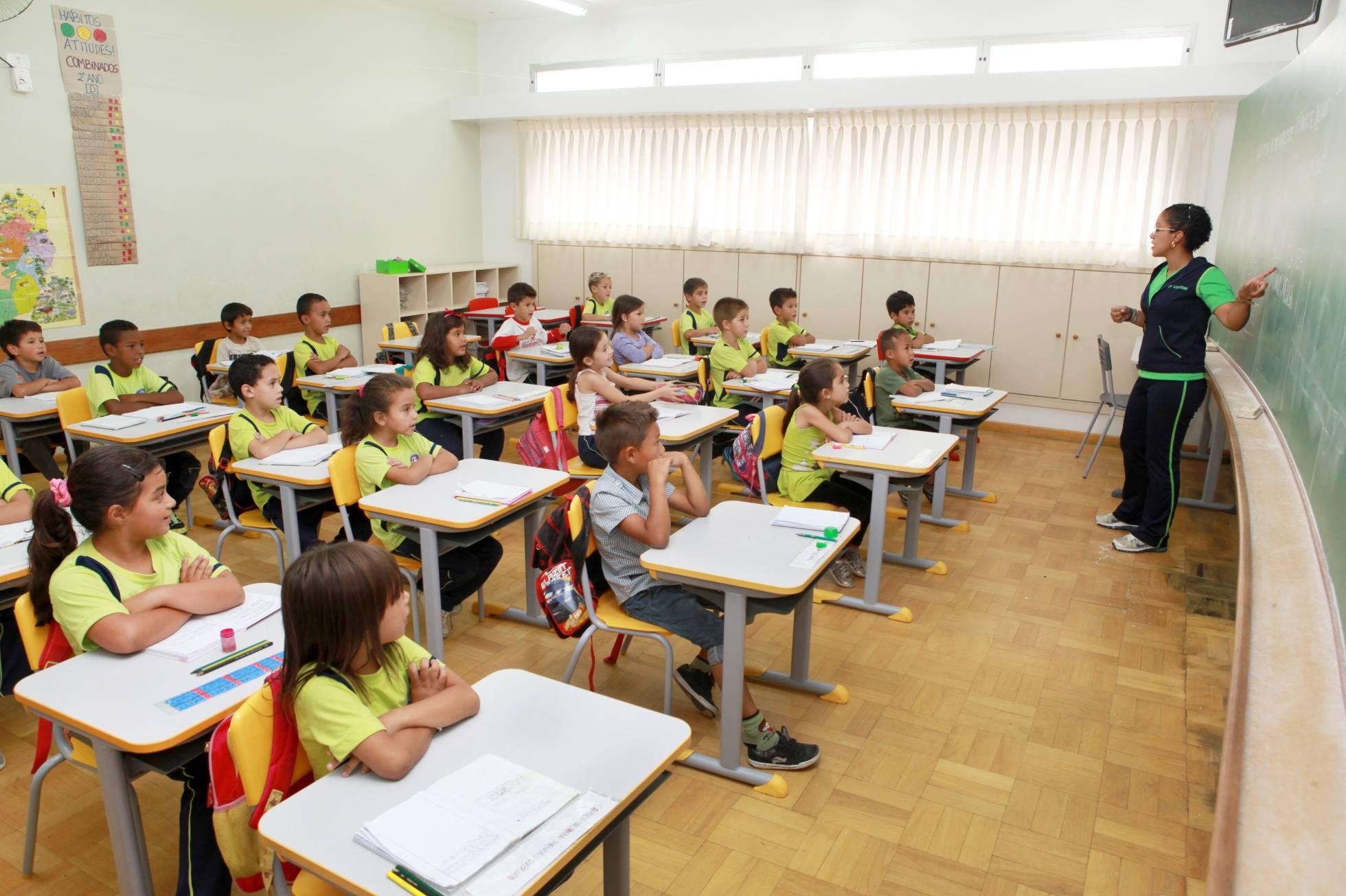 Apenas acesso à educação não é suficiente para reduzir desigualdade no Brasil, diz estudo