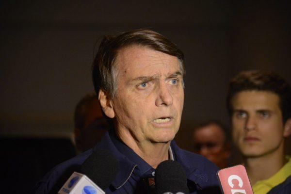 Bolsonaro diz que no Natal humildade e simplicidade devem predominar