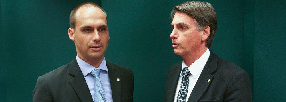 Bolsonaro desautoriza filho e diz que pena de morte não será discutida