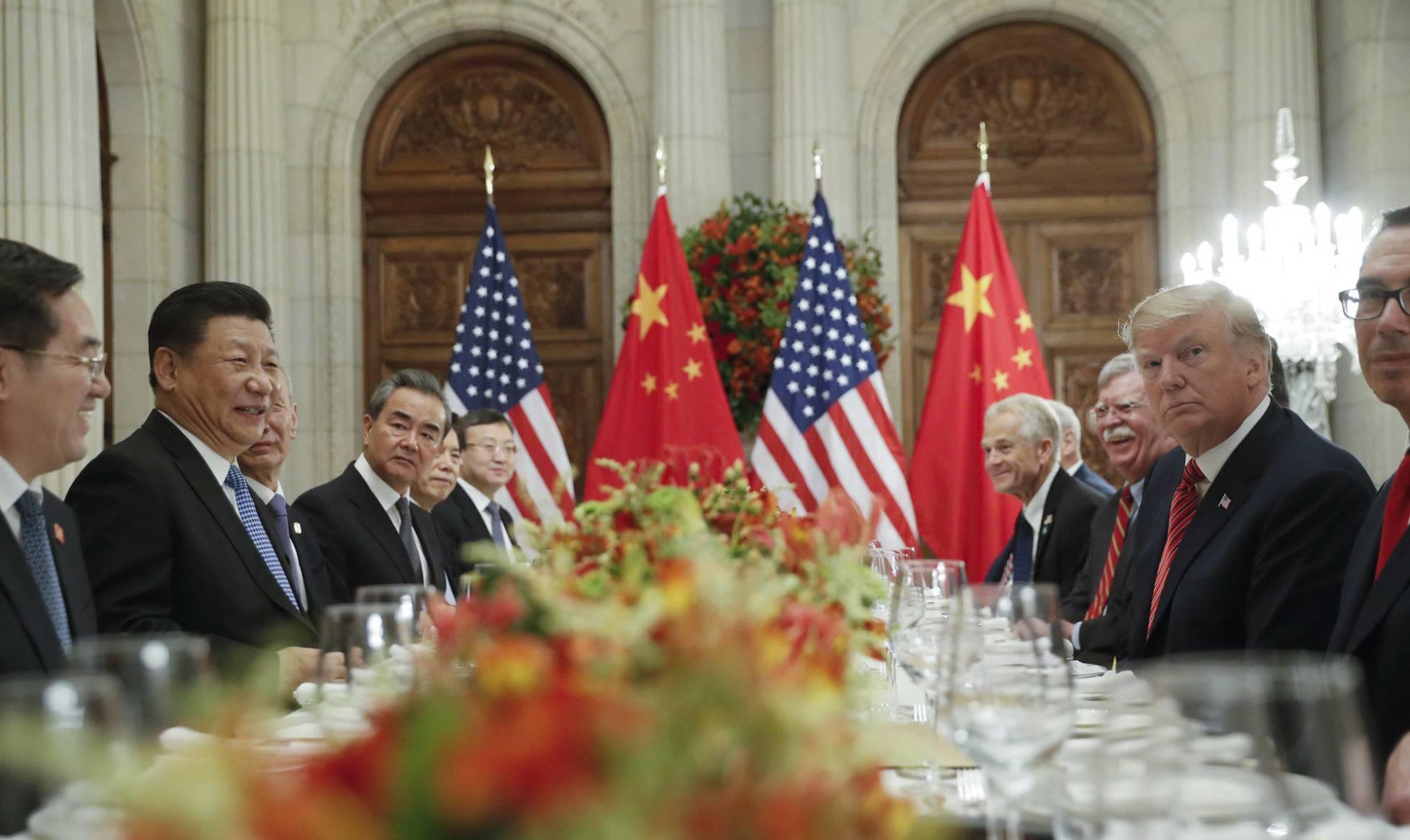 EUA e China acertam trégua de 90 dias em guerra comercial e ganham tempo para novo pacto