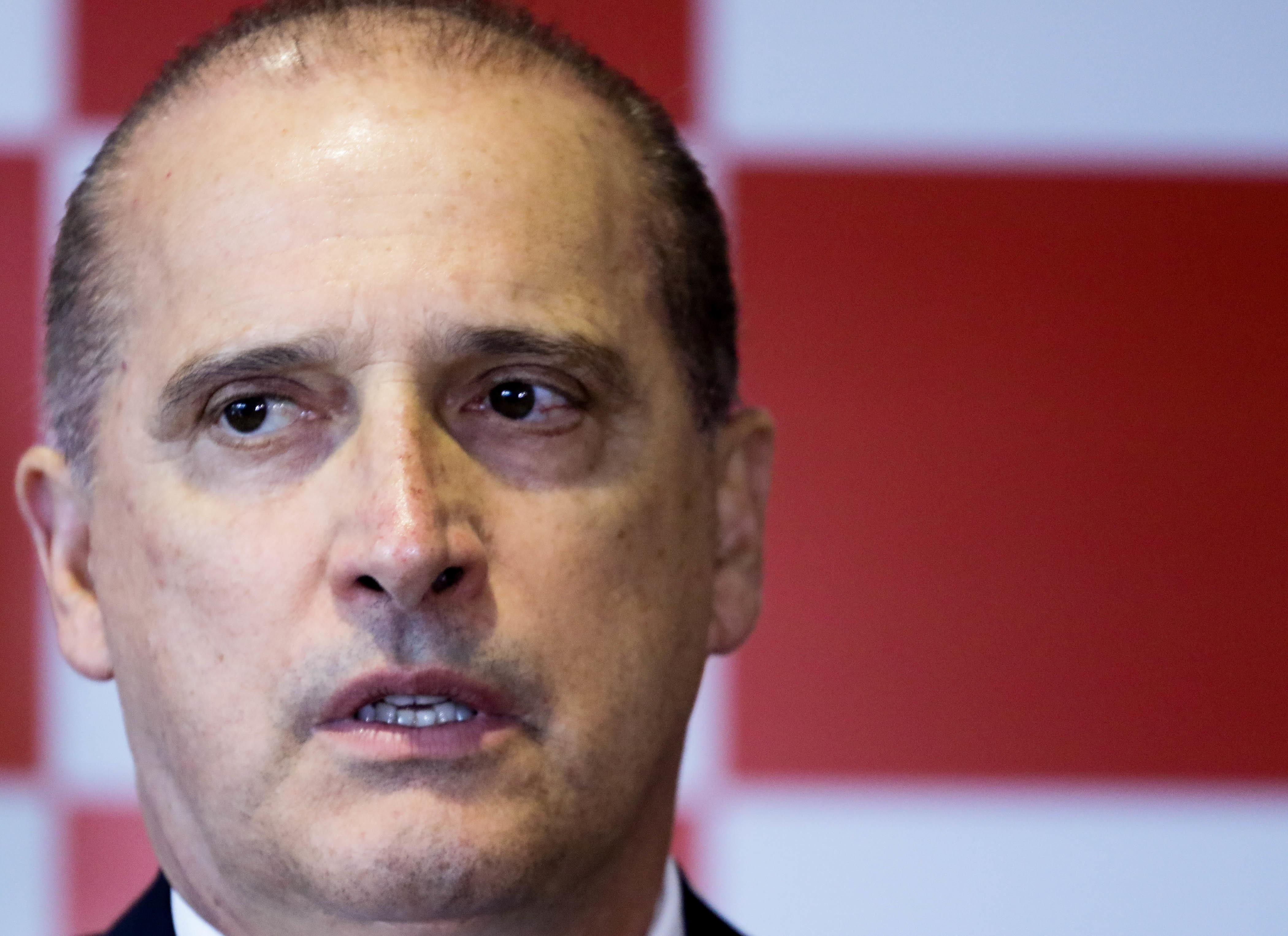 Onyx usou verba pública para bancar voos durante campanha de Bolsonaro