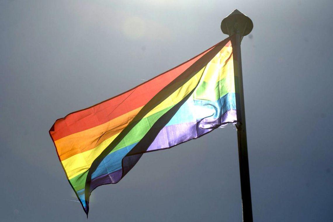 Abertas inscrições para exposição de trabalho de artistas homossexuais