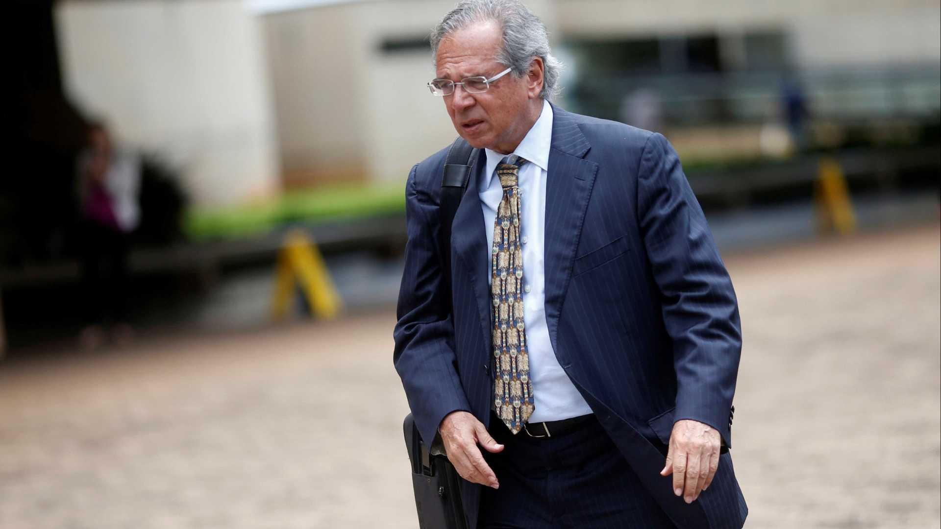 PF abre inquérito para investigar negócios suspeitos de Paulo Guedes