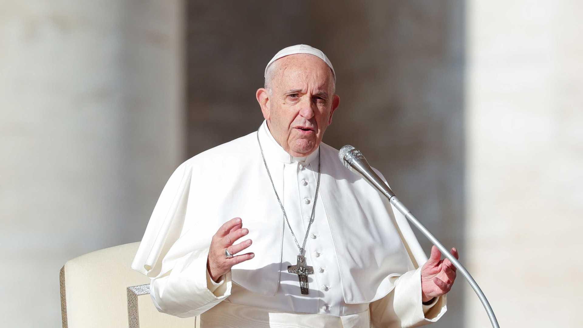 Papa aceita renúncia de bispo acusado de abuso sexual