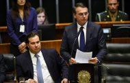 Bolsonaro elogia Congresso por aprovação de texto que libera crédito extra