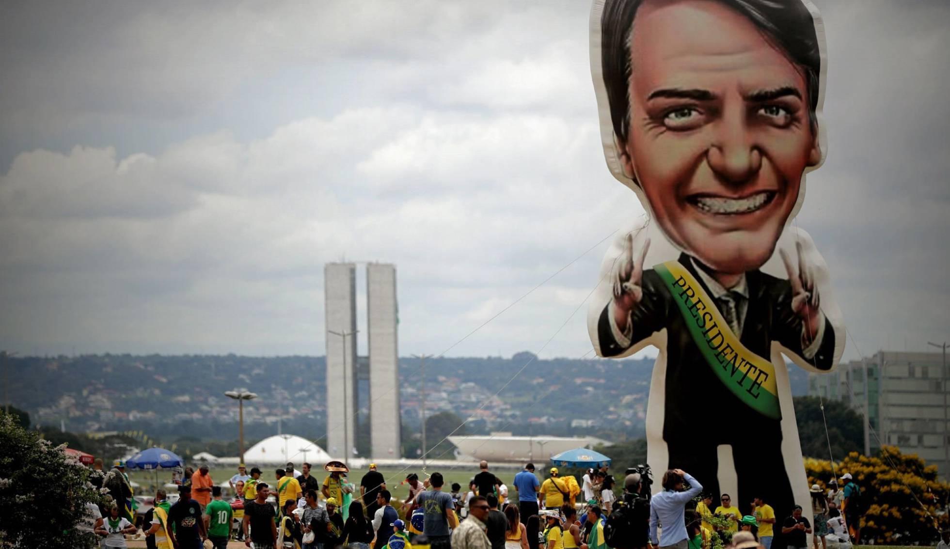 Blindada, Brasília recebe apoiadores de Bolsonaro à espera da cerimônia da posse