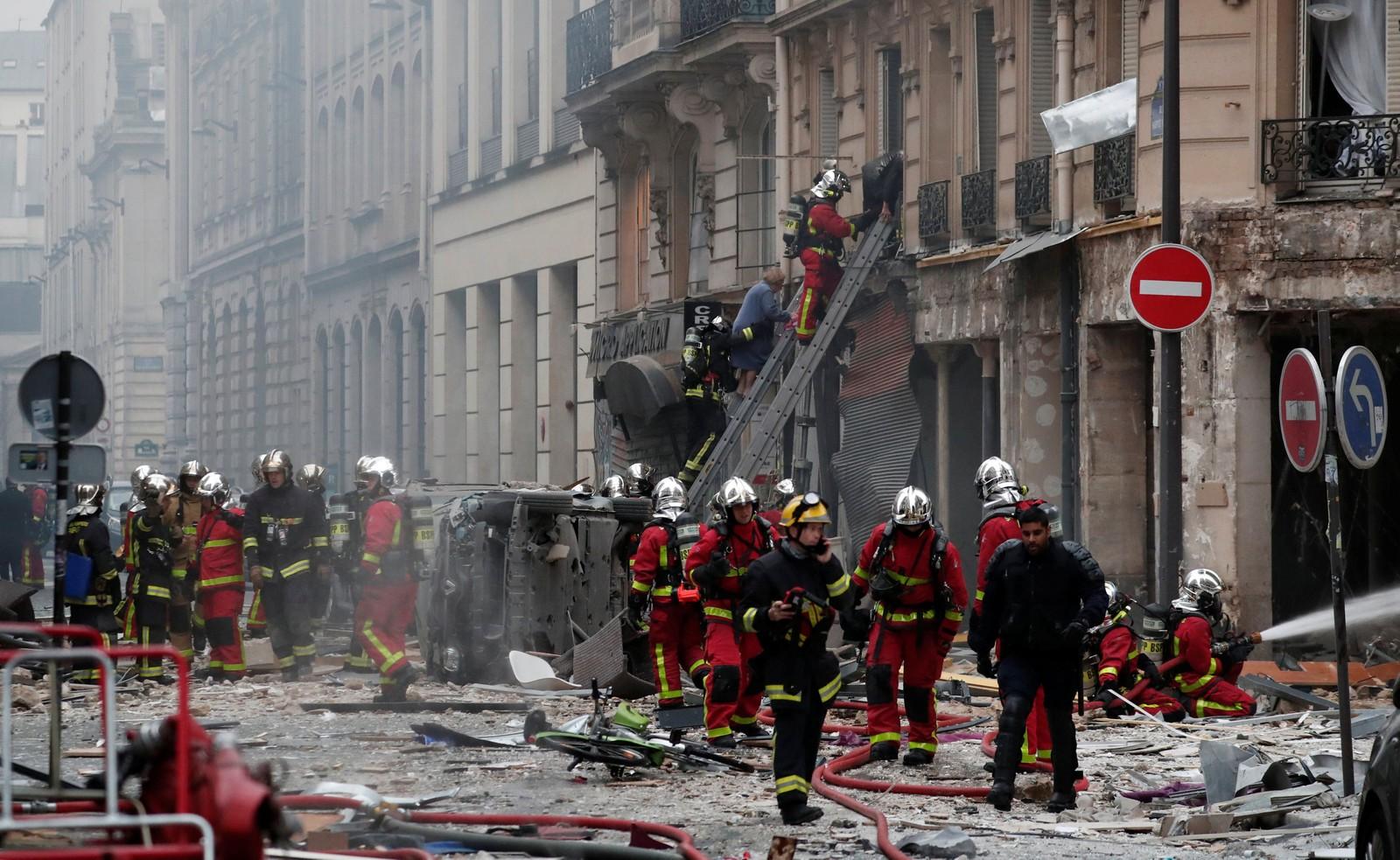 Explosão em padaria deixa mortos e dezenas de feridos em Paris