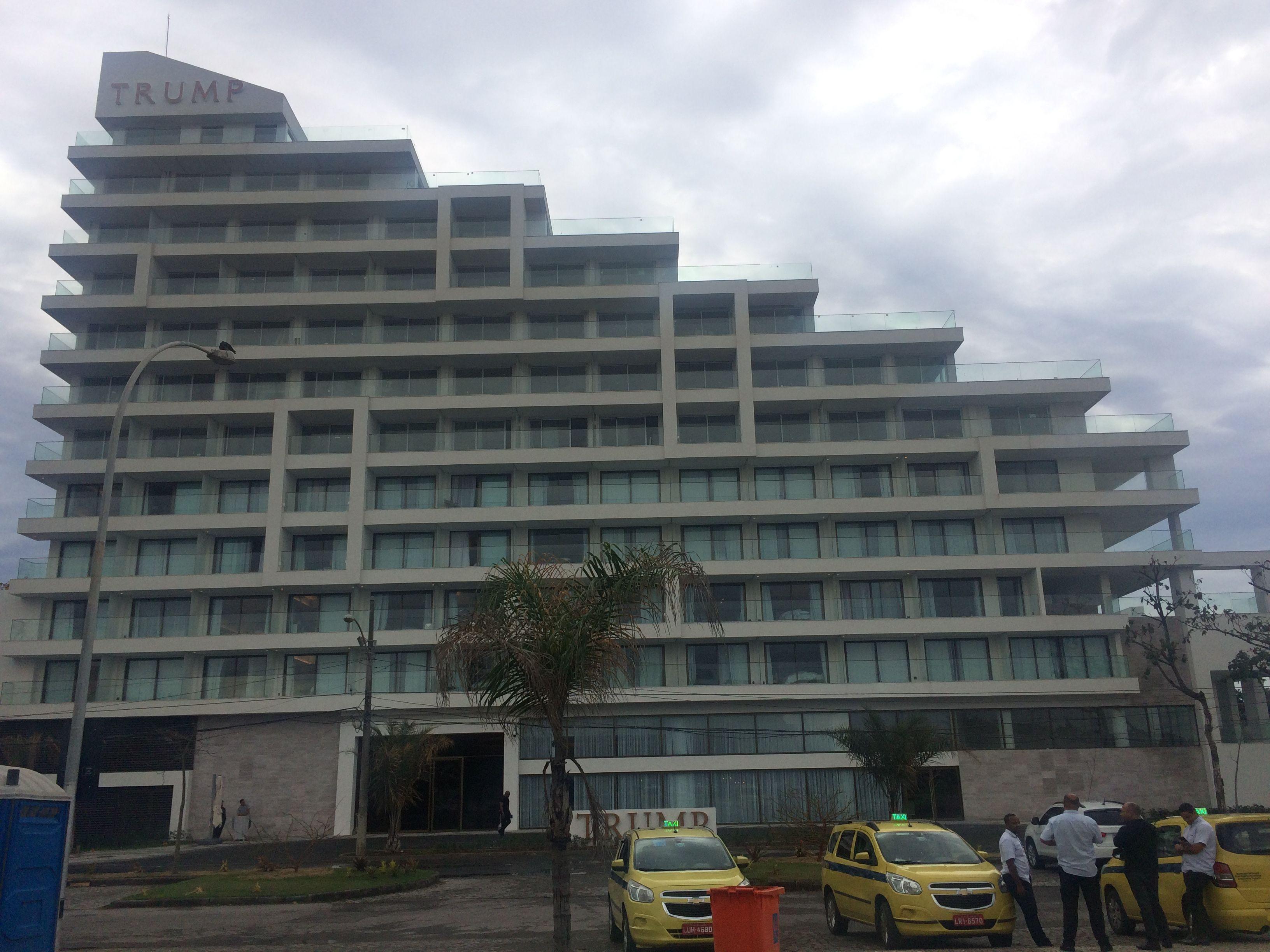 Operação da PF sobre Trump Hotel mira filho de ator e neto de ex-presidente brasileiro