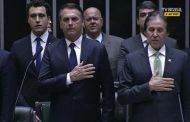 No discurso de posse, Bolsonaro pede apoio para reconstruir o país
