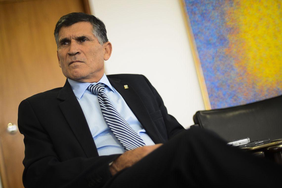 Davos: Bolsonaro destacará abertura econômica e defesa da democracia