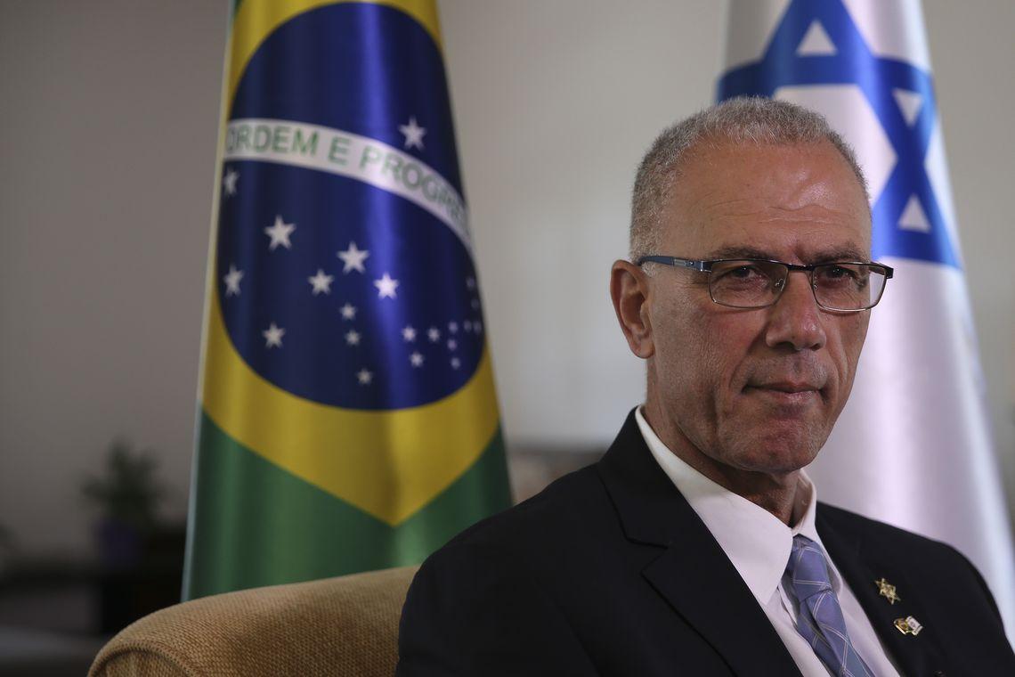 Militares israelenses ficarão o tempo necessário, diz embaixador