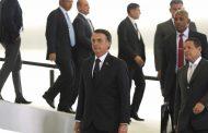 Bolsonaro deve flexibilizar regras sobre posse de arma até o dia 22