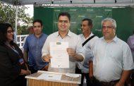 Emanuel Pinheiro assina ordem de serviço para início das obras de requalificação do Cais do Porto