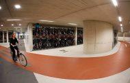 Holanda não sabe onde colocar tanta bicicleta e constrói estacionamentos subterrâneos