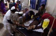 Bebida alcoólica adulterada mata 93 pessoas na Índia