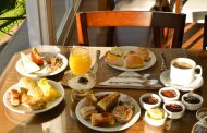 Café da manhã: comer logo cedo não ajuda a emagrecer, indica pesquisa