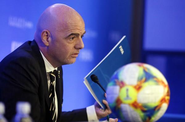 Fifa anuncia novo Mundial de Clubes, a cada 4 anos e com 24 times. Primeira edição será em 2021